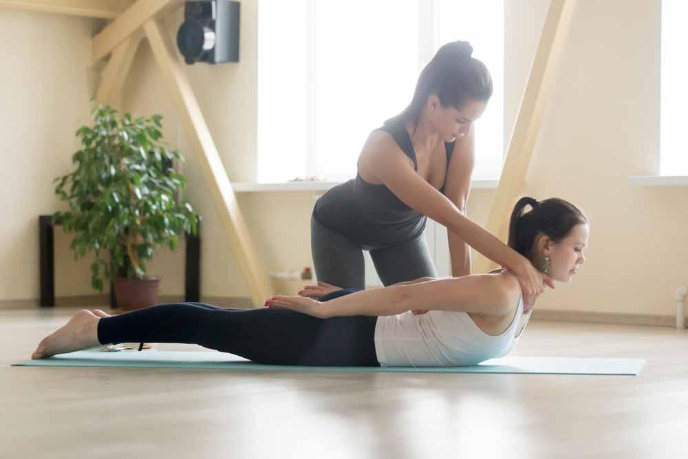 sound-therapy-dubai-healing-best-yoga-training-teacher-training-karma-yoga-academy-02