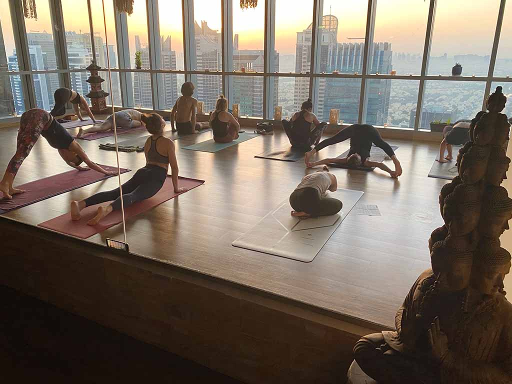 dubai-best-yoga-training-teacher-training-karma-yoga-academy-02