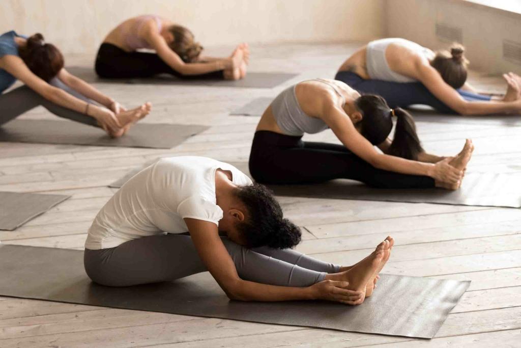 karma-yoga-best-yoga-classes-dubai-18